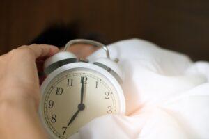 Setting_the_Alarm_Manage_Sleep_Quality